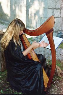 scottish-harpist